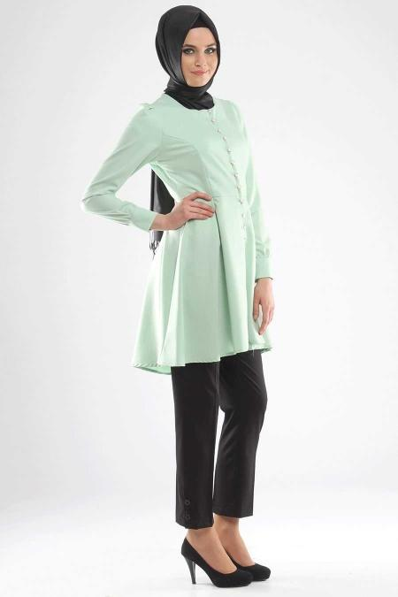 Modesty - Buttoned Mint Coat