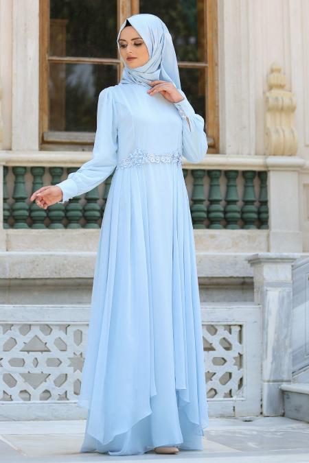Nayla Collection - Beli Çiçek Detaylı Bebek Mavisi Tesettür Abiye Elbise 52559BM
