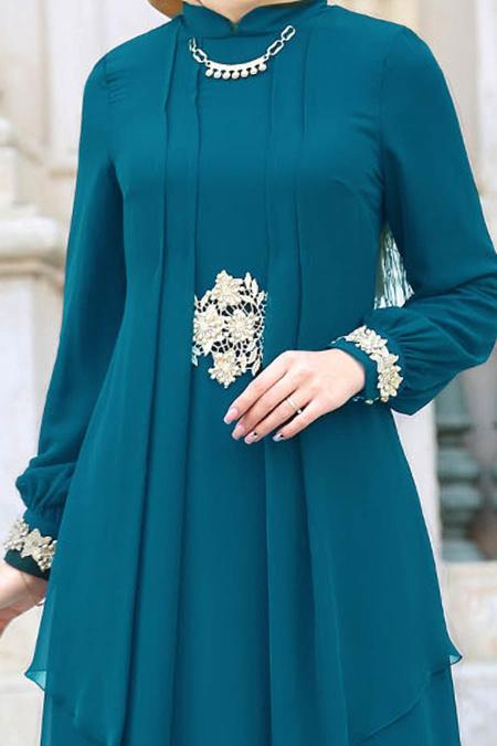 Nayla Collection - Beli Dantel Detaylı Petrol Mavisi Tesettür Abiye Elbise 52546PM