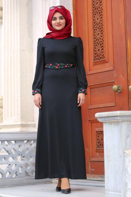 Nayla Collection - Çiçek İşlemeli Siyah Tesettür Elbise 76370S