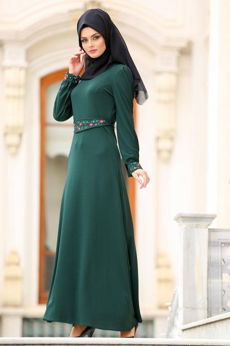 Nayla Collection - Çiçek İşlemeli Yeşil Tesettür Elbise 76370Y