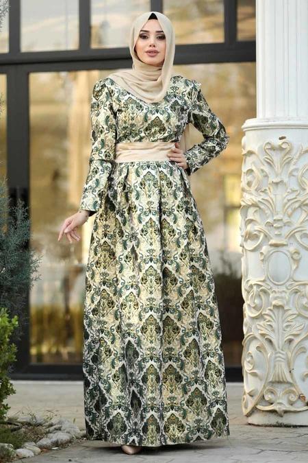 Nayla Collection - Desenli Yeşil Jakarlı Tesettür Abiye Elbise 82454Y