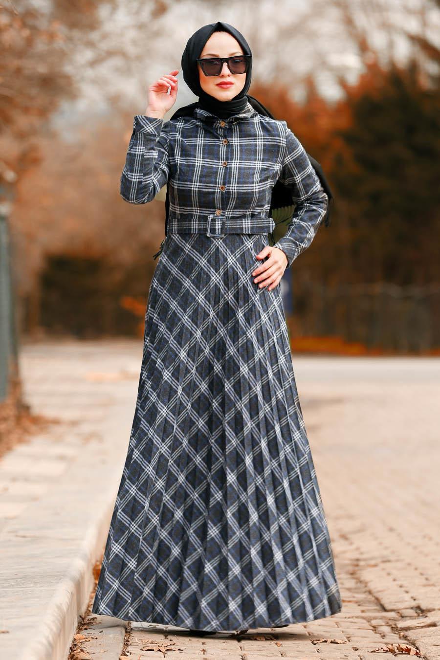 Nayla Collection - Ekoseli Pileli Sax Mavisi Tesettür Elbise 8374SX