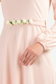 Nayla Collection - Kemeri Çiçekli Pudra Tesettür Elbise 77970PD - Thumbnail