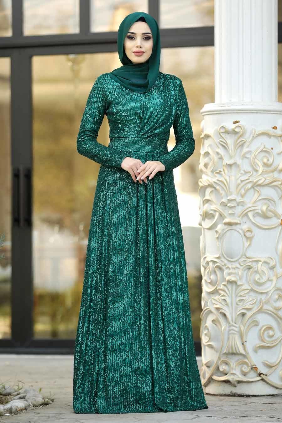Nayla Collection - Pul Payetli Yeşil Tesettür Abiye Elbise 9106Y