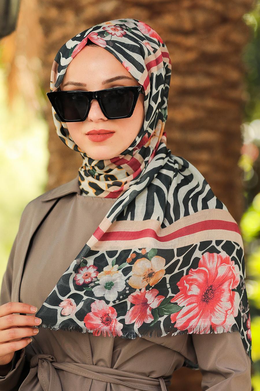 Neva Style - Çiçek Desenli Siyah Şal 7541S
