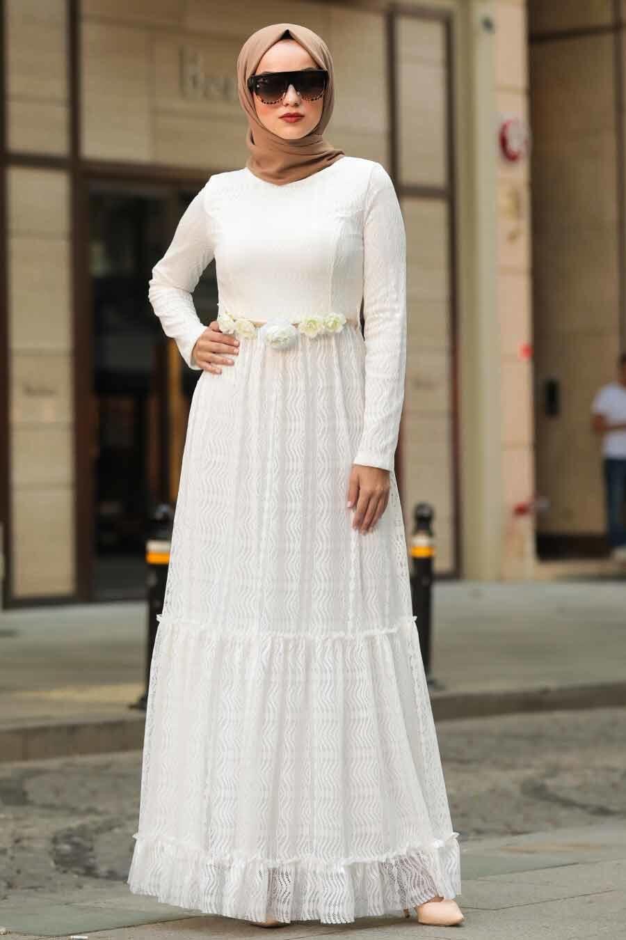 Neva Style - Çiçek Kemerli Beyaz Tesettür Elbise 1390B