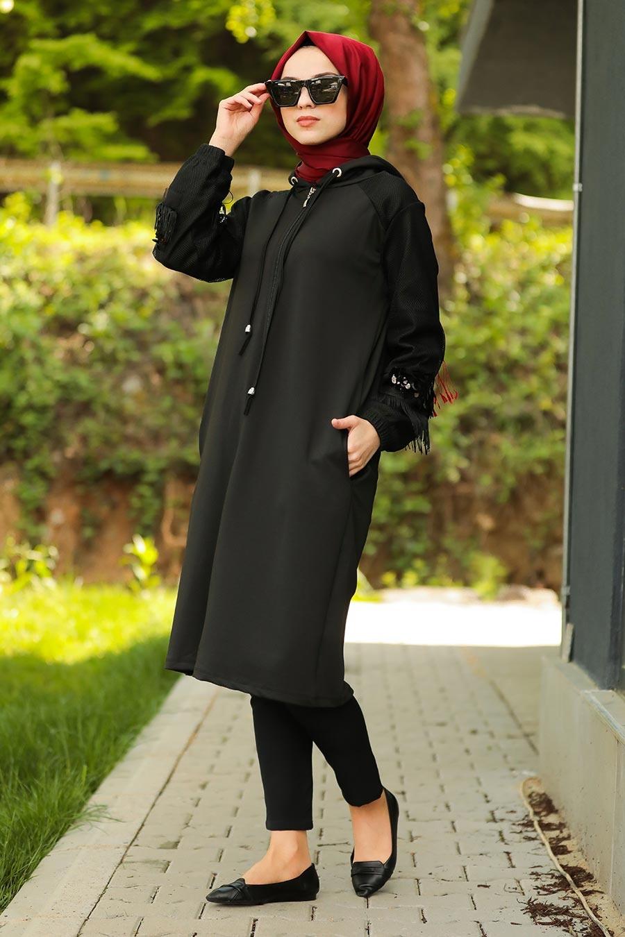 Neva Style - Püsküllü Siyah Tesettür Kap 5151S