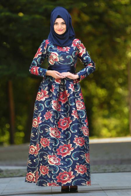 Tesettürlü Abiye Elbise - Çiçek Desenli Jakarlı Lacivert Tesettür Abiye Elbise 24411L