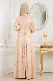 Tesettürlü Abiye Elbise - Beli Çiçek Detaylı Pudra Tesettür Abiye Elbise 7303PD - Thumbnail