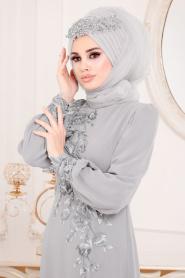 Tesettürlü Abiye Elbise - Çiçek Desenli Gri Tesettür Abiye Elbise 37850GR - Thumbnail