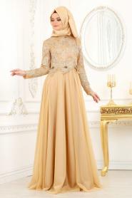 Tesettürlü Abiye Elbise - Çiçek Detaylı Gold Tesettür Abiye Elbise 2009GOLD - Thumbnail