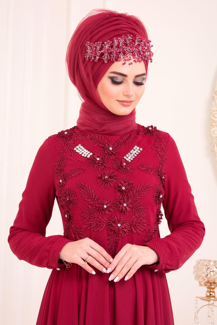Tesettürlü Abiye Elbise - Dantel Detaylı Bordo Tesettür Abiye Elbise 84701BR