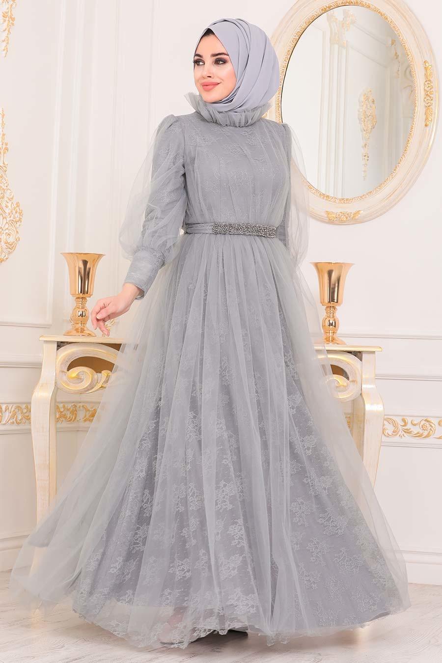 Tesettürlü Abiye Elbise - Dantel İşlemeli Gri Tesettür Abiye Elbise 40440GR
