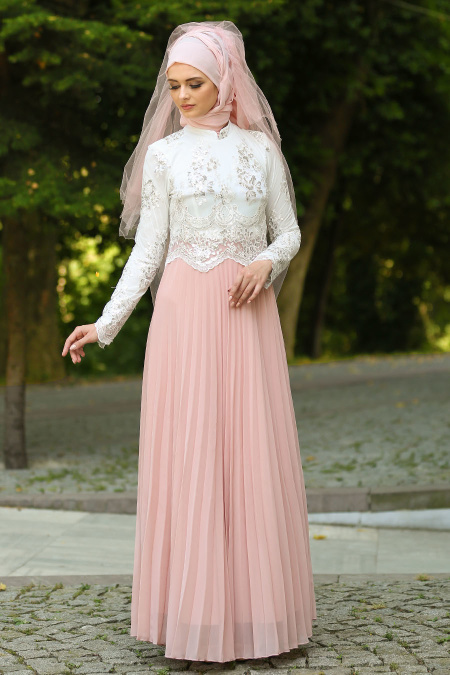 Tesettürlü Abiye Elbise - Eteği Pliseli Pudra Tesettür Abiye Elbise 7722PD