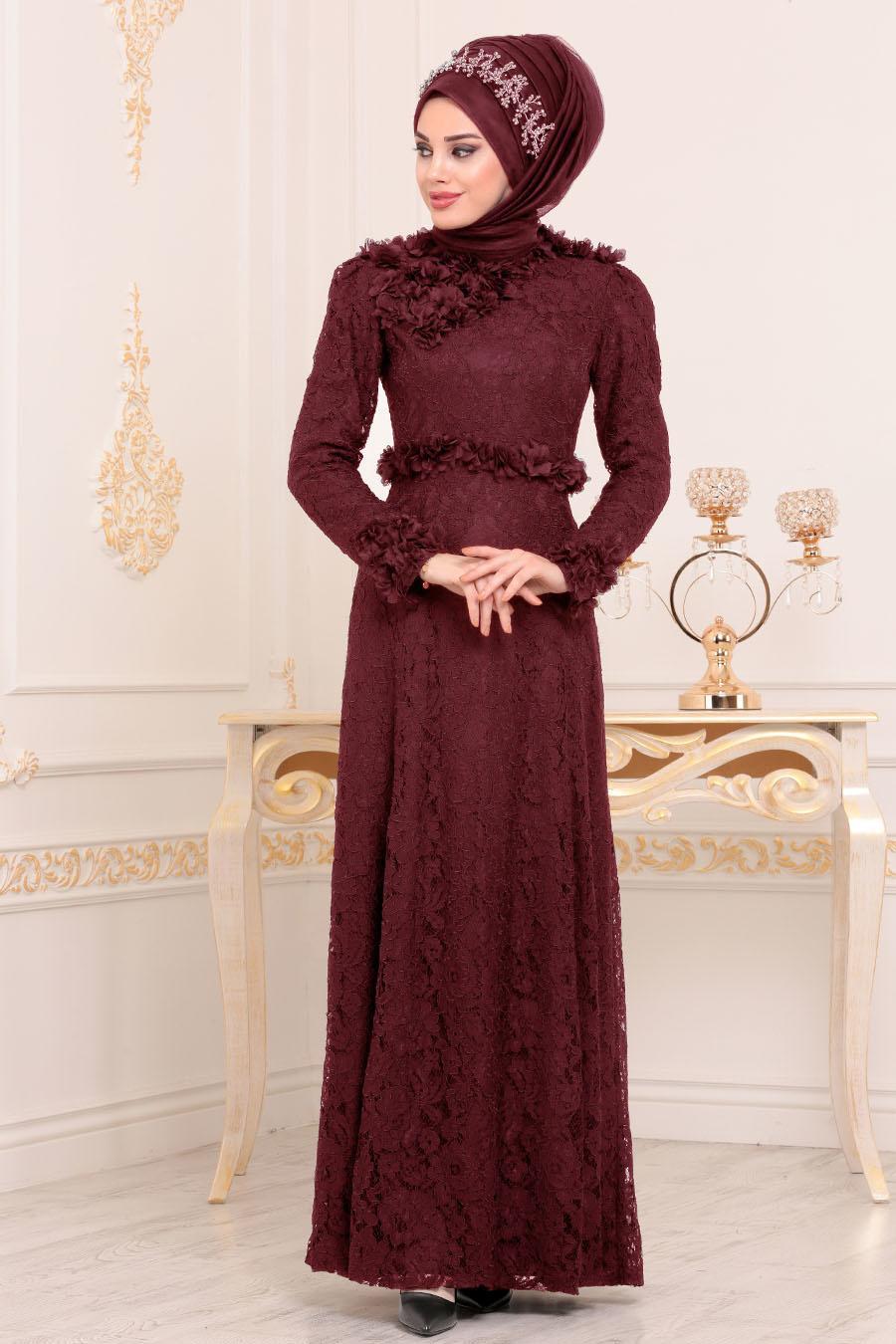 Tesettürlü Abiye Elbise - Üç Boyutlu Çiçek Detaylı Bordo Tesettür Abiye Elbise 190201BR