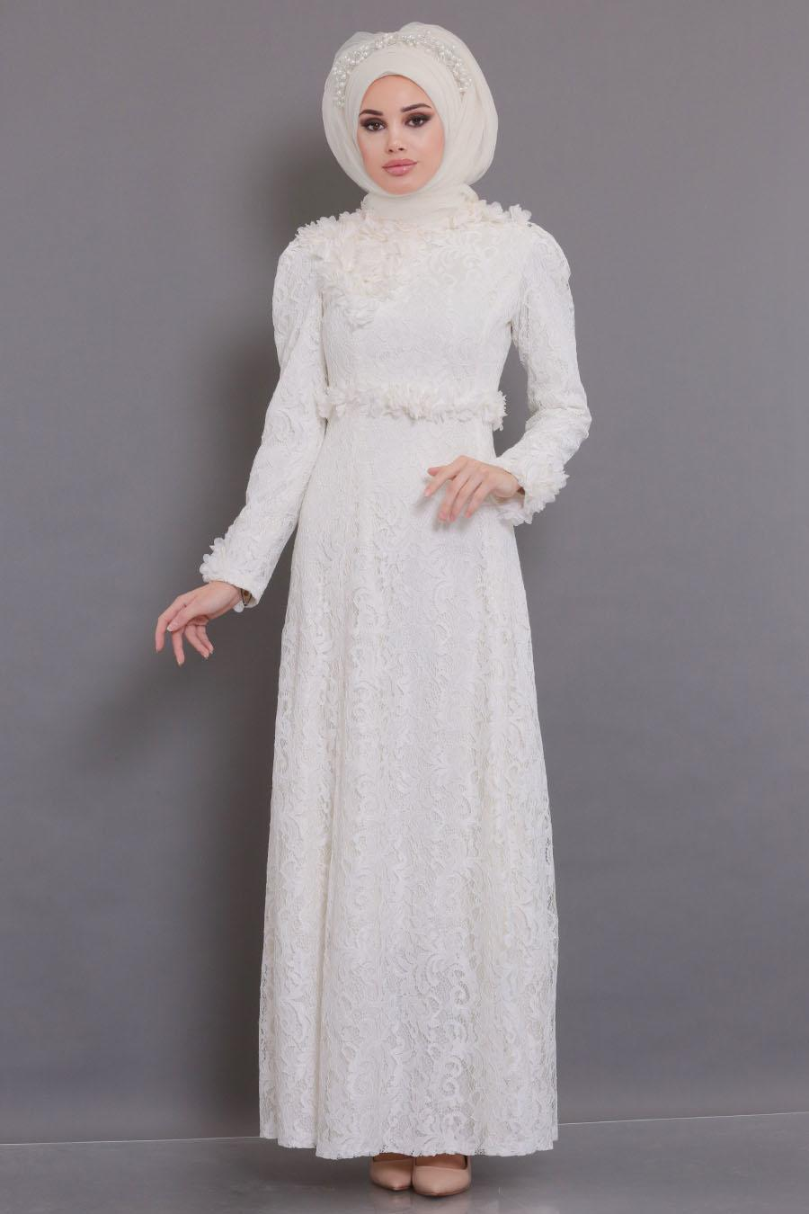 Tesettürlü Abiye Elbise - Üç Boyutlu Çiçek Detaylı Ekru Tesettür Abiye Elbise 190201E
