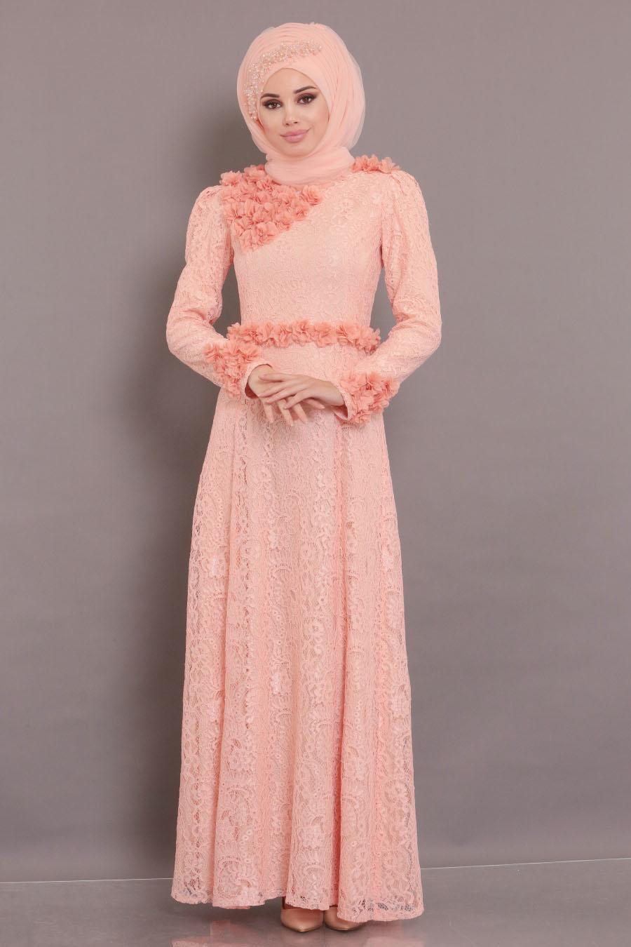 Tesettürlü Abiye Elbise - Üç Boyutlu Çiçek Detaylı Somon Tesettür Abiye Elbise 190201SMN
