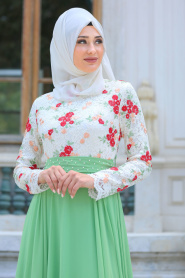 Tesettürlü Abiye Elbise - Üzeri Çiçek Dantelli Fıstık Yeşili Tesettür Abiye Elbise 7617FY - Thumbnail
