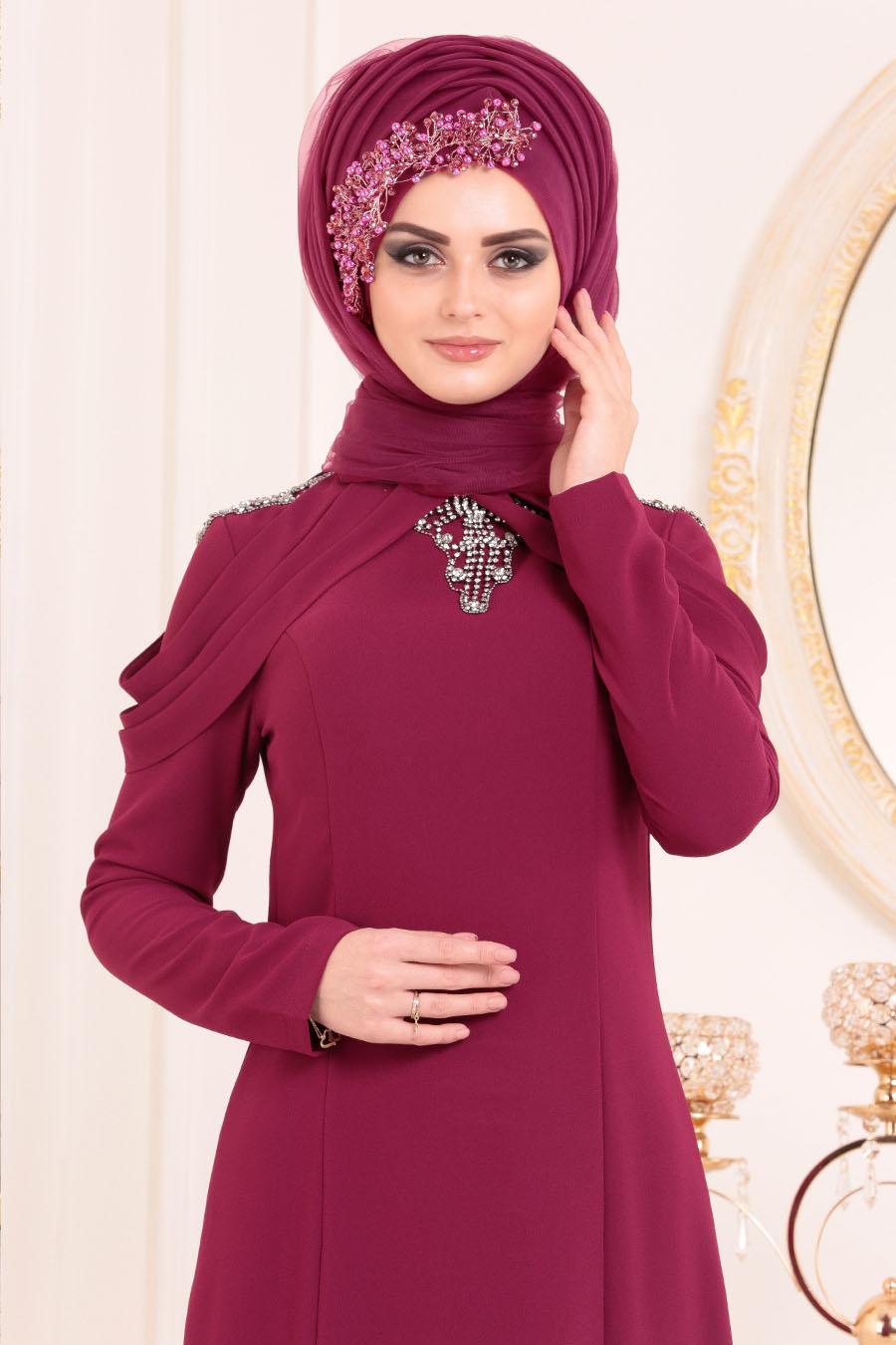 Tesettürlü Abiye Elbise - Yakası Taşlı Vişne Tesettür Abiye Elbise 20200VSN