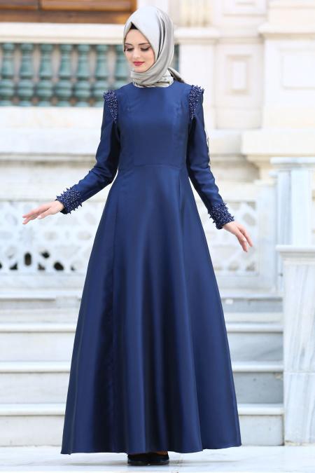 Tuay - Omuzları Boncuk Detaylı Tafta Lacivert Tesettür Abiye Elbise 1780L